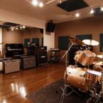「楽なバイト!」神田の音楽スタジオ「バンブルビー」でアルバイト体験談【体験者は】